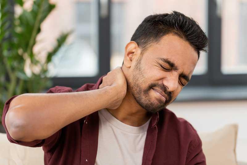 Quiropráctico para el dolor de cuello - Dolor de cuello